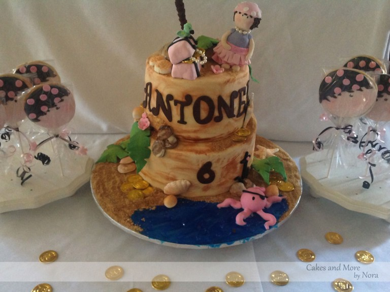 antonellas cake with coins